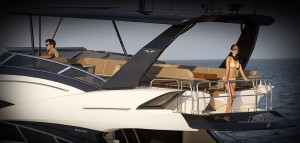 Luxus yacht bérlés
